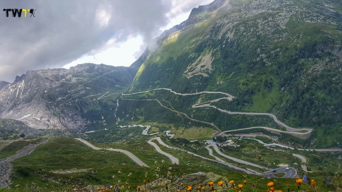 GRIMSEL PASS Y BRIENZ – INTERLAKEN